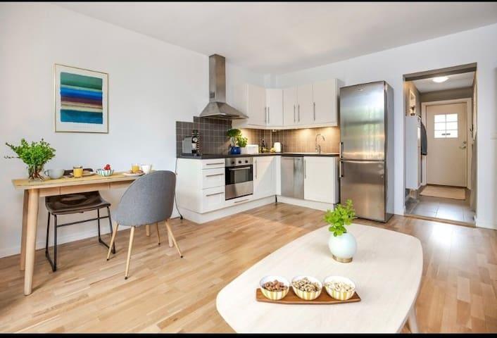 Koselig leilighet i sentrale og naturnære Nydalen