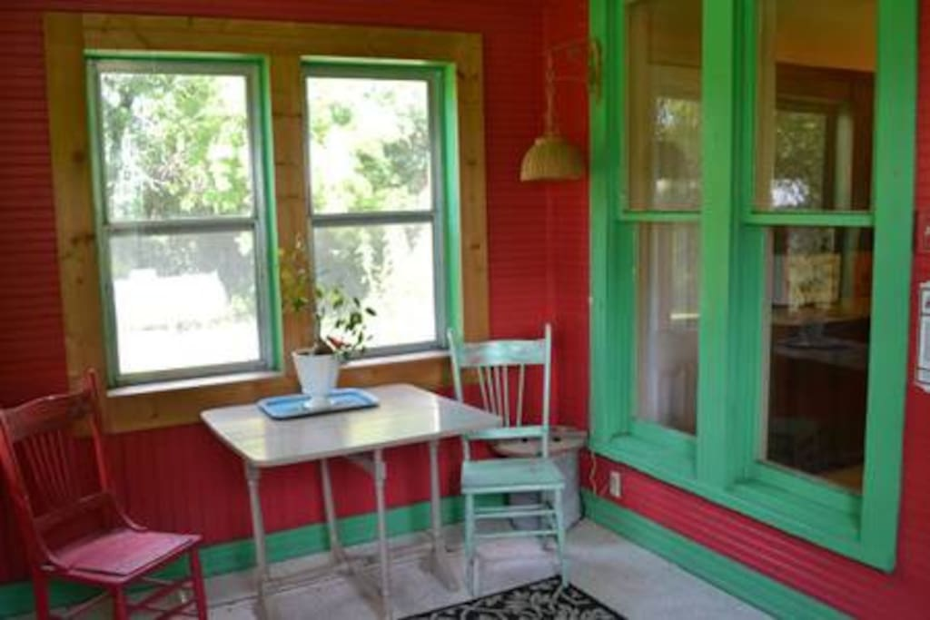 Breakfast nook and porch