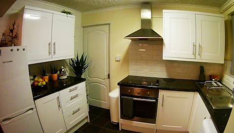 Comfortable Room Near Heatrow Airport 15Min By Car