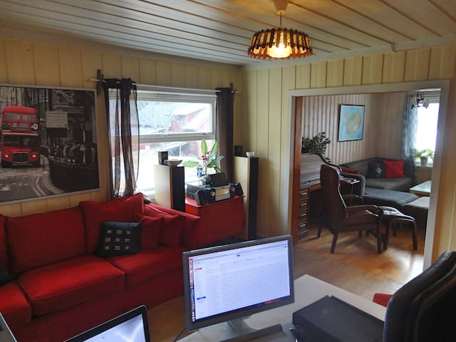 Lovely farm suite in Espa with breakfast included. - Stange - Hus