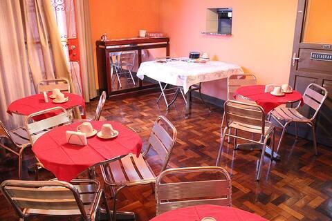 Pousada Muito aconchegante, Café da manha, Wifi!