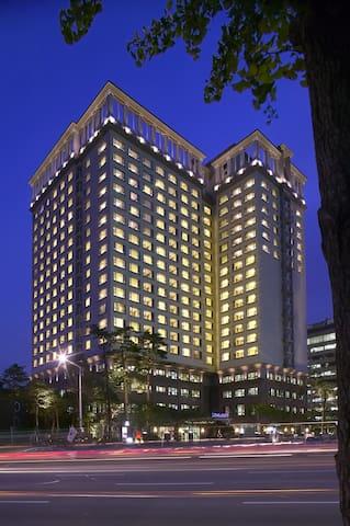 Penthouse Premier