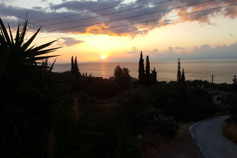 Vue du lever de soleil depuis la terrasse