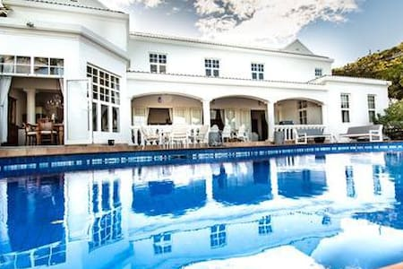 5 BR family friendly Ocean View Villa in Guana Bay