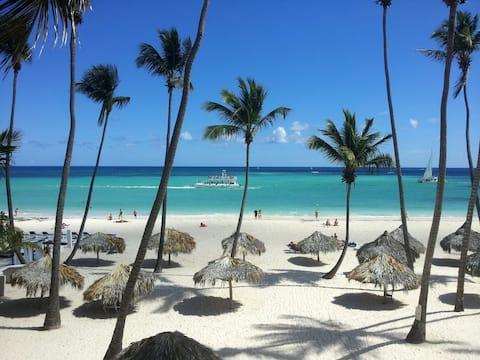 C102 Florisel - Your tropical Beach vacation!