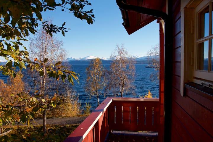 Holidayhouse nr. 2 / Heggdal Fjord-og Fiskeferie
