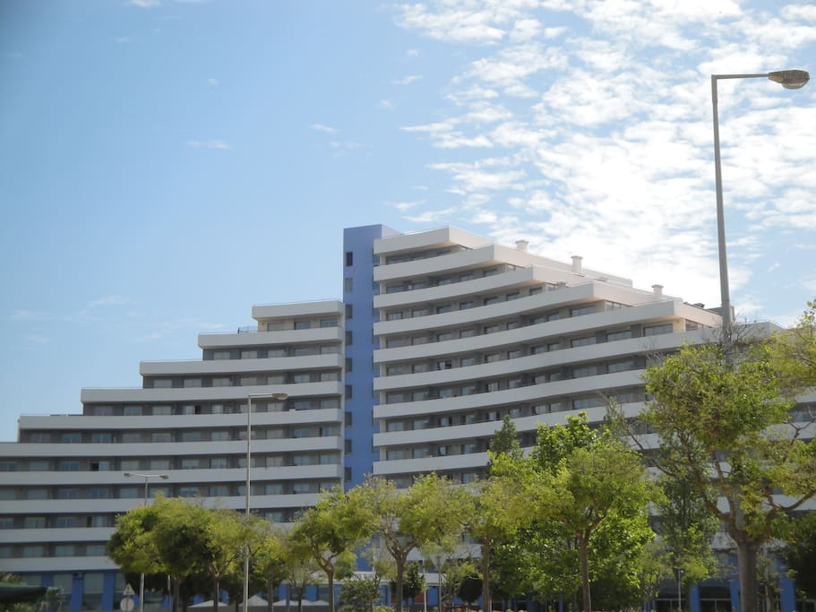 Oceano Atlantico Aparthotel - outside view