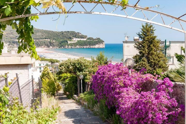Antica Casa in Villa Giardino Serapo  Spiaggia :*)