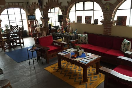 Artist Loft w/Balconies overlooking Church & City - San Miguel de Allende