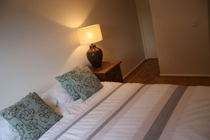 1 Bedroom Apartment close to Windsor town centre - Windsor - Apartment