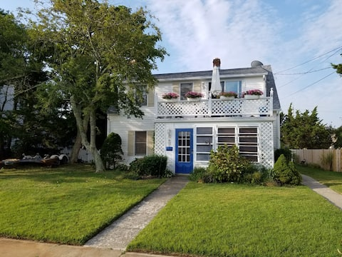 The heart of Stone Harbor for a weekend getaway