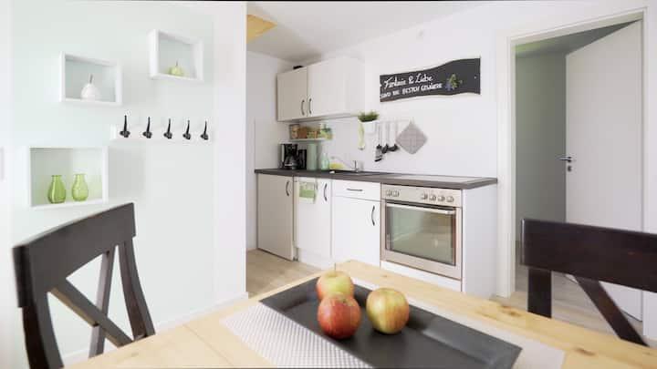 """Modernes Gästehaus """"Seenah"""" und Stadtnah"""