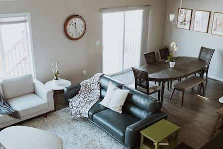 Mid-century modern house ideal for longer stays