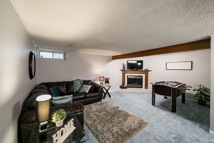 Large 2 bedroom suite near West Edmonton Mall! - Edmonton - Talo