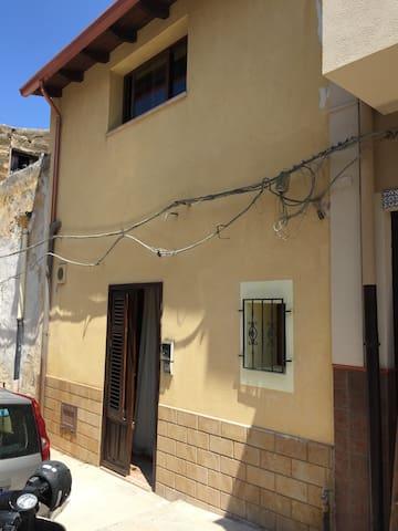 Casa Bird - Terrasini - Haus