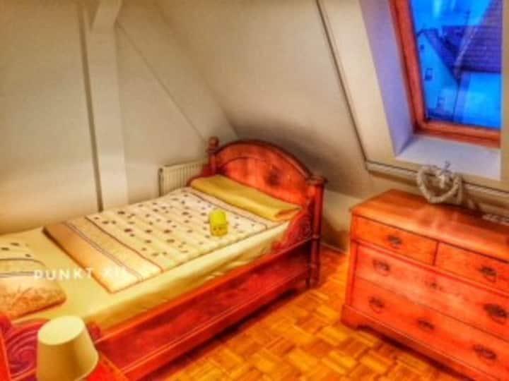 Zimmer 22: gemütliches Einzelzimmer im Seminarhaus
