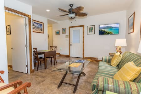 Quaint Peaceful, Clean one bedroom cottage - Kaaawa - Casa