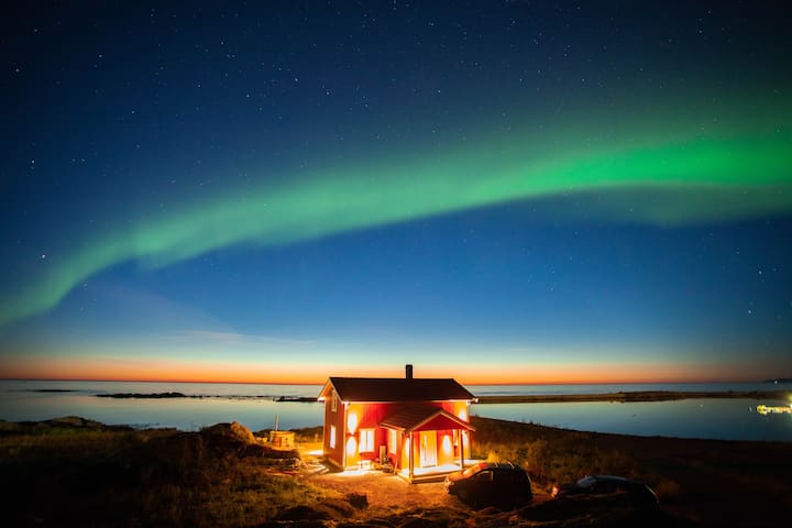 Lofoten Dream Lodge with private beach