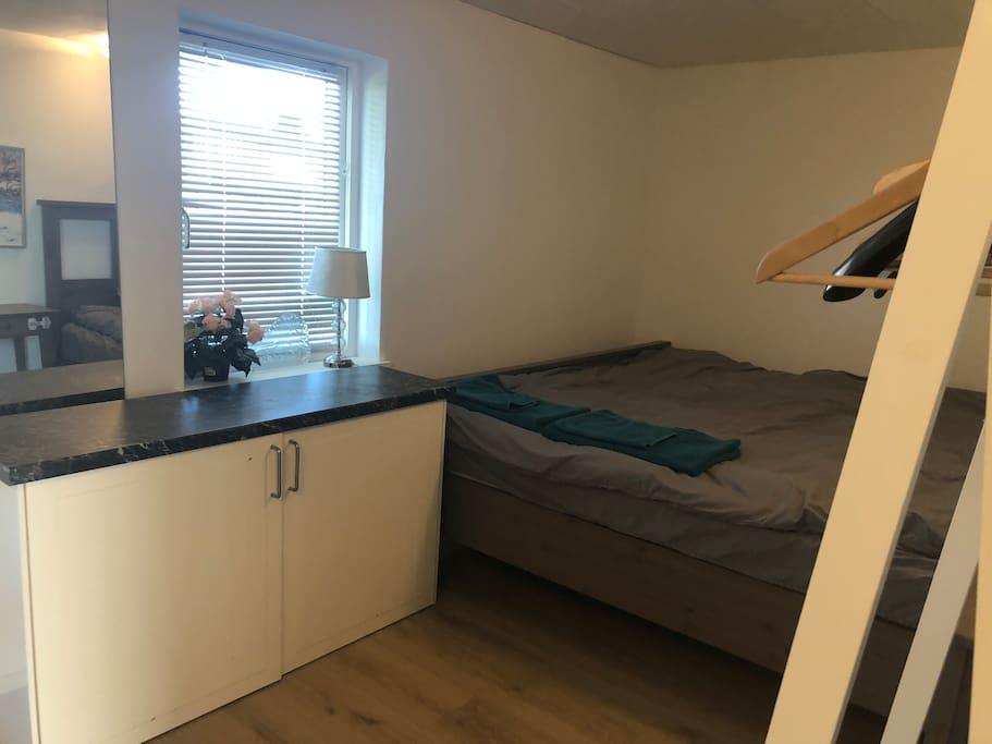 Half of the bedroom 180*200