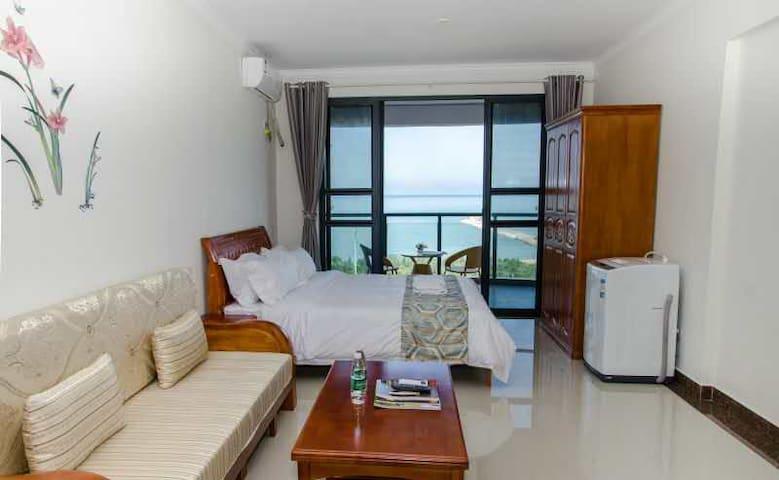 海南乐东龙栖湾海边一线海景度假公寓 - Ledong