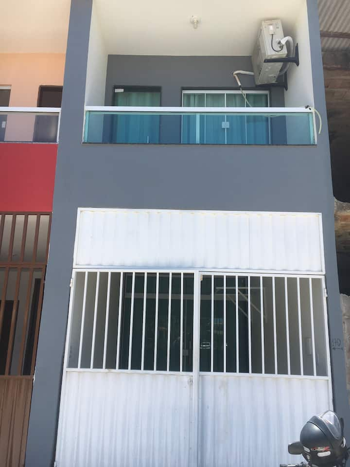 Duplex mobiliado praia