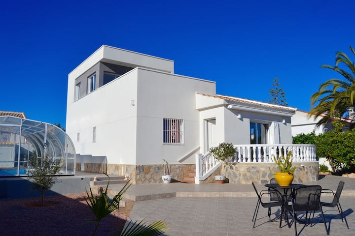 Casa Nicole luxevilla met privézwembad voor 8pers