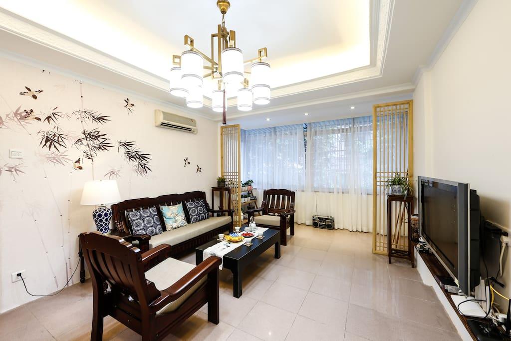 日式风格的客厅,素雅精致