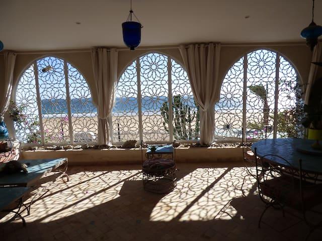 Magnifique appartement vue sur océan à AGHROUD