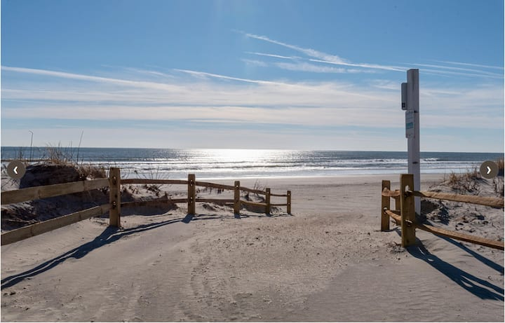 Ocean View 1 br!  Fall weekends at the beach!!