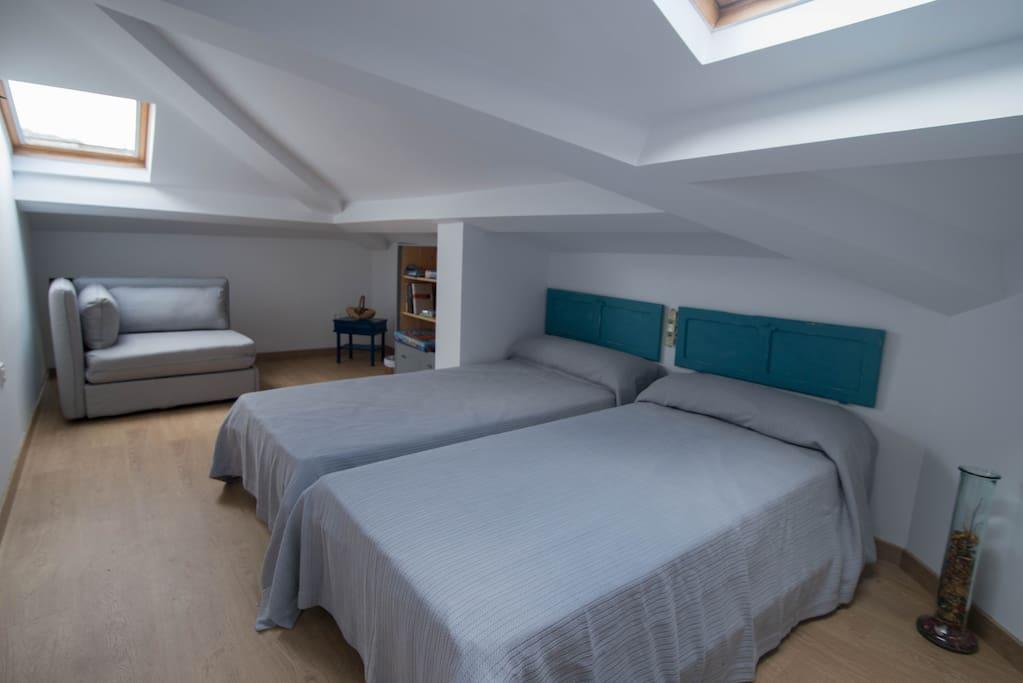 Amplia habitación doble