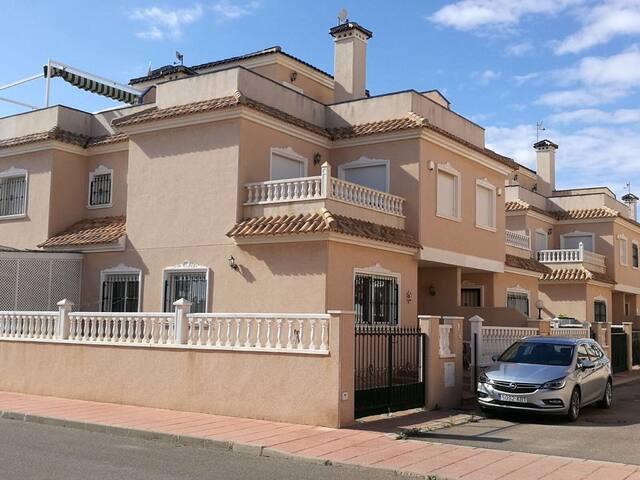 Casa Monty, Los Alcazares