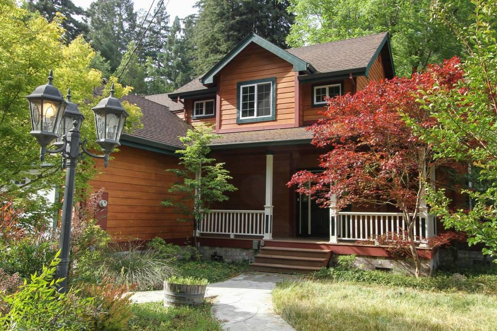 Large modern chic' home nestled among the redwoods within close proximity to downtown Guerneville  and