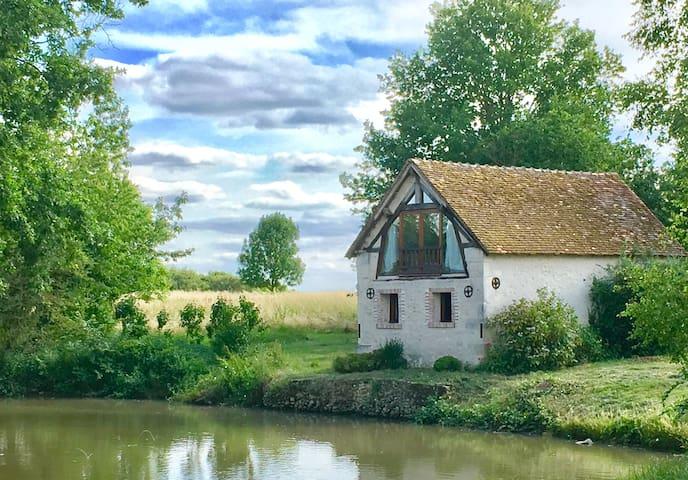 Maison au bord de l'eau du XVIII° siècle