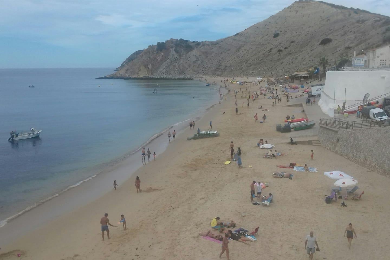 Praia de Burgau