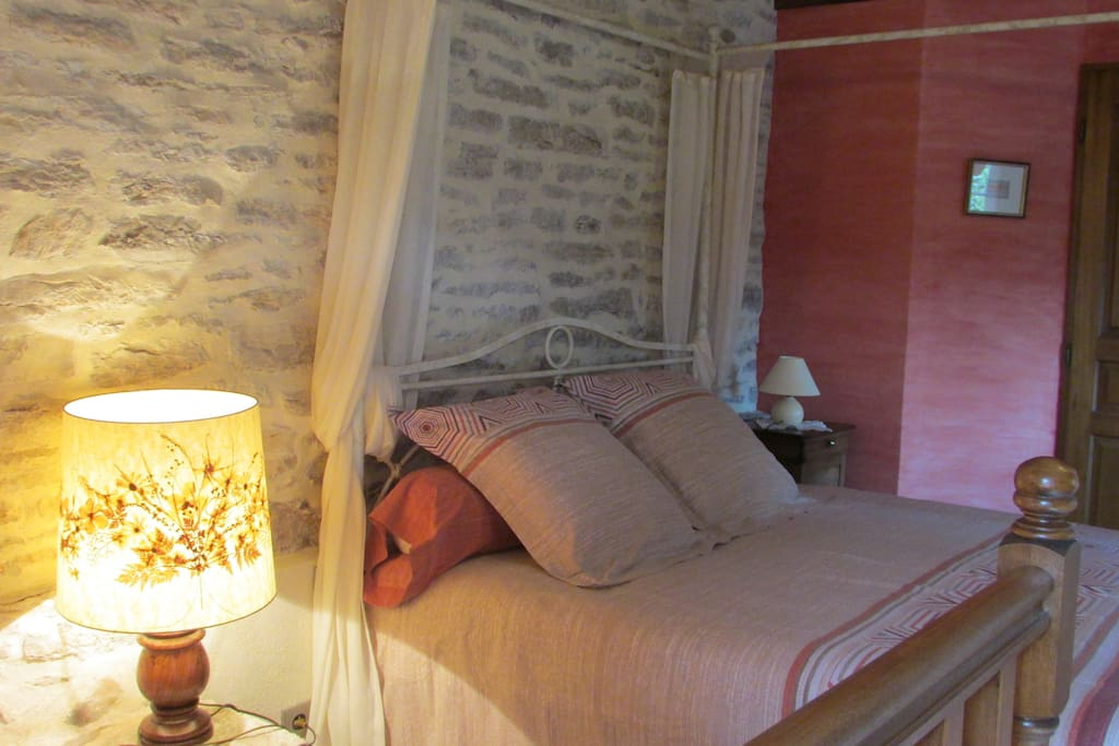 Chambre d 39 h tes proche st cirq lapopie bed breakfasts - Chambres d hotes languedoc roussillon ...