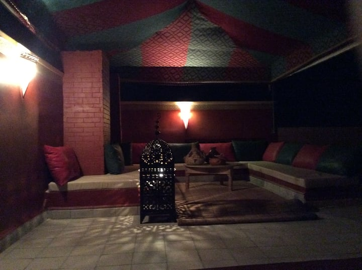 'Darna' complete private apartment with roof patio