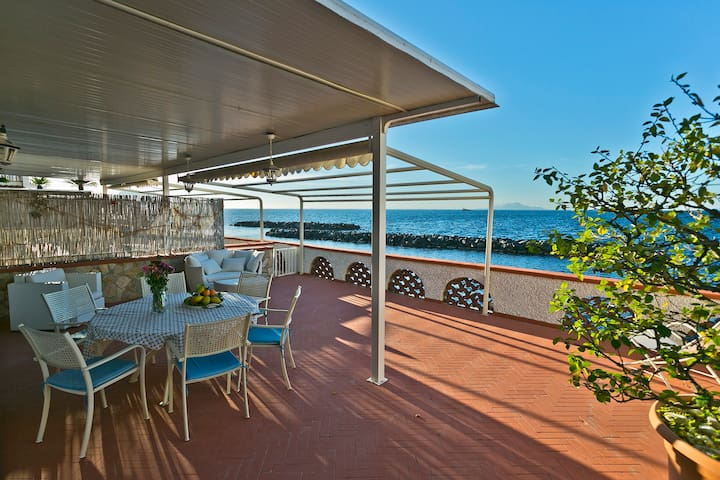 Villa sul mare.Private beach.Ten steps to the Sea