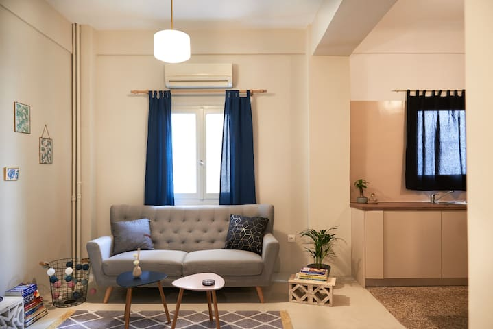 Comfy & Clean Apartment in Patission Str .