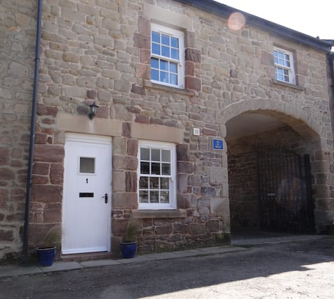 Puffin Place, cosy seaside holiday cottage