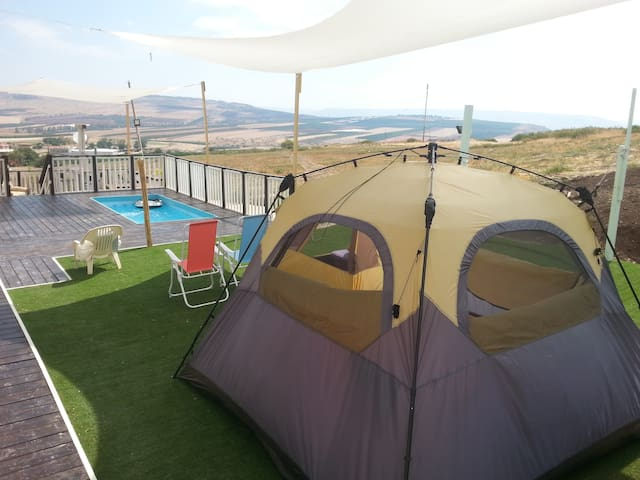 """Ohel Lanof"" - A tent in a special camping site - Yavne'el - Appartement"