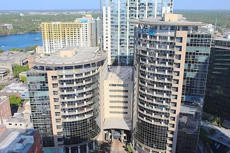 Downtown Orlando/Lake Eola 1 Bedroom High Rise