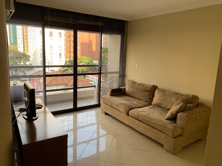 Amplo apartamento no  bairro Cambui Campinas