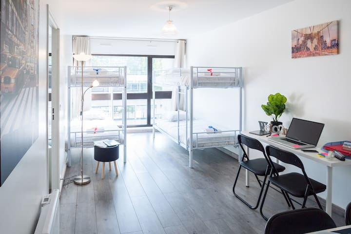 One Bed in a Modern Mixed Dorm in Paris 12th 6S
