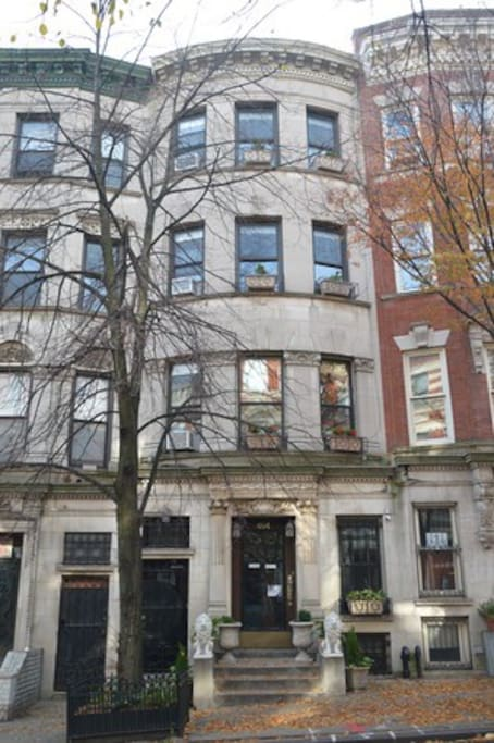 Historic upper west side townhouse 1 or 2 bdrms for Townhouse for rent nyc