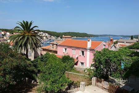 Apartment with a beautiful view, Villa Adrienne - Leilighet