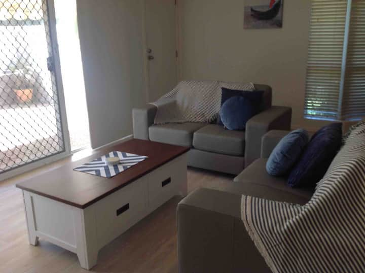 Bougainvillea Apartment opposite Sawtell beach.