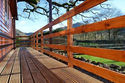 Woolpack Lodge: 4-bed, 2-bath luxury Chalet