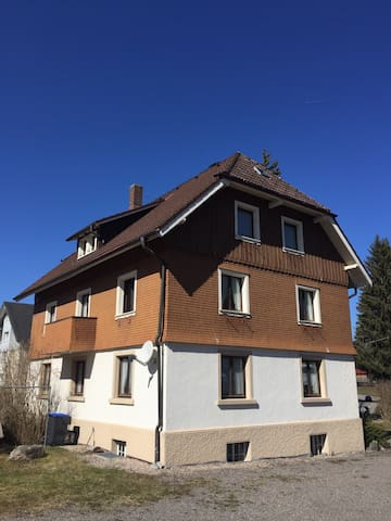 Cosy Titisee /Blackforest rooms - Titisee- Neustadt - Hus