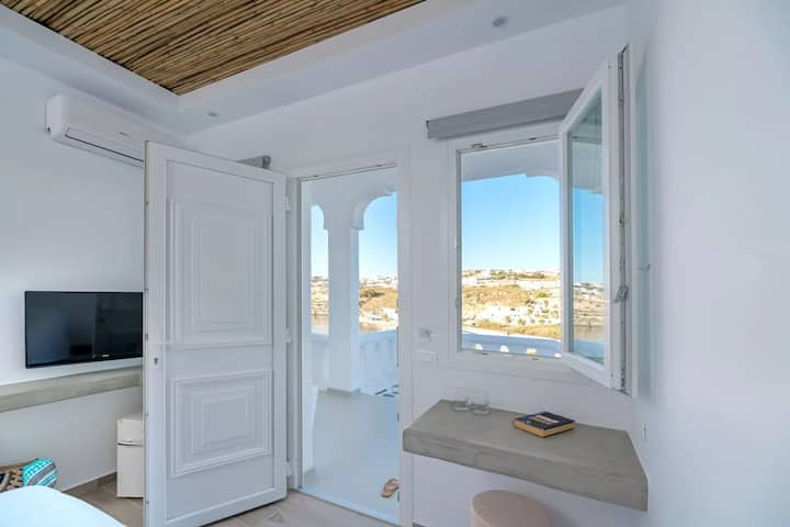 Double Room | Side Sea View