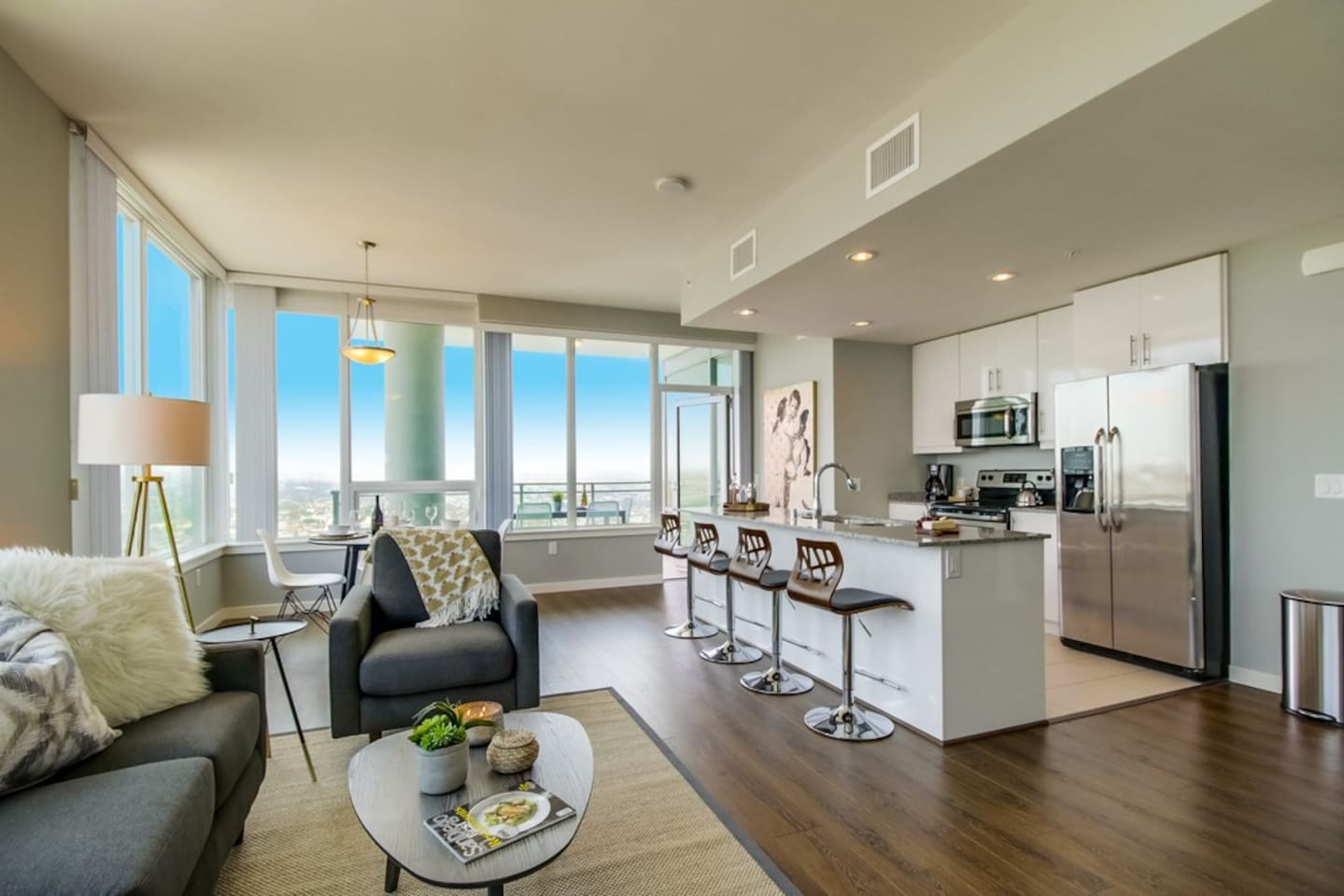 Living area with views of SD from the 41st floor